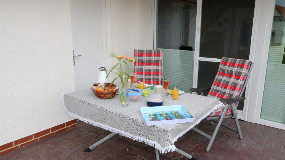 Ferienhaus Wiesenpieper - Terrasse
