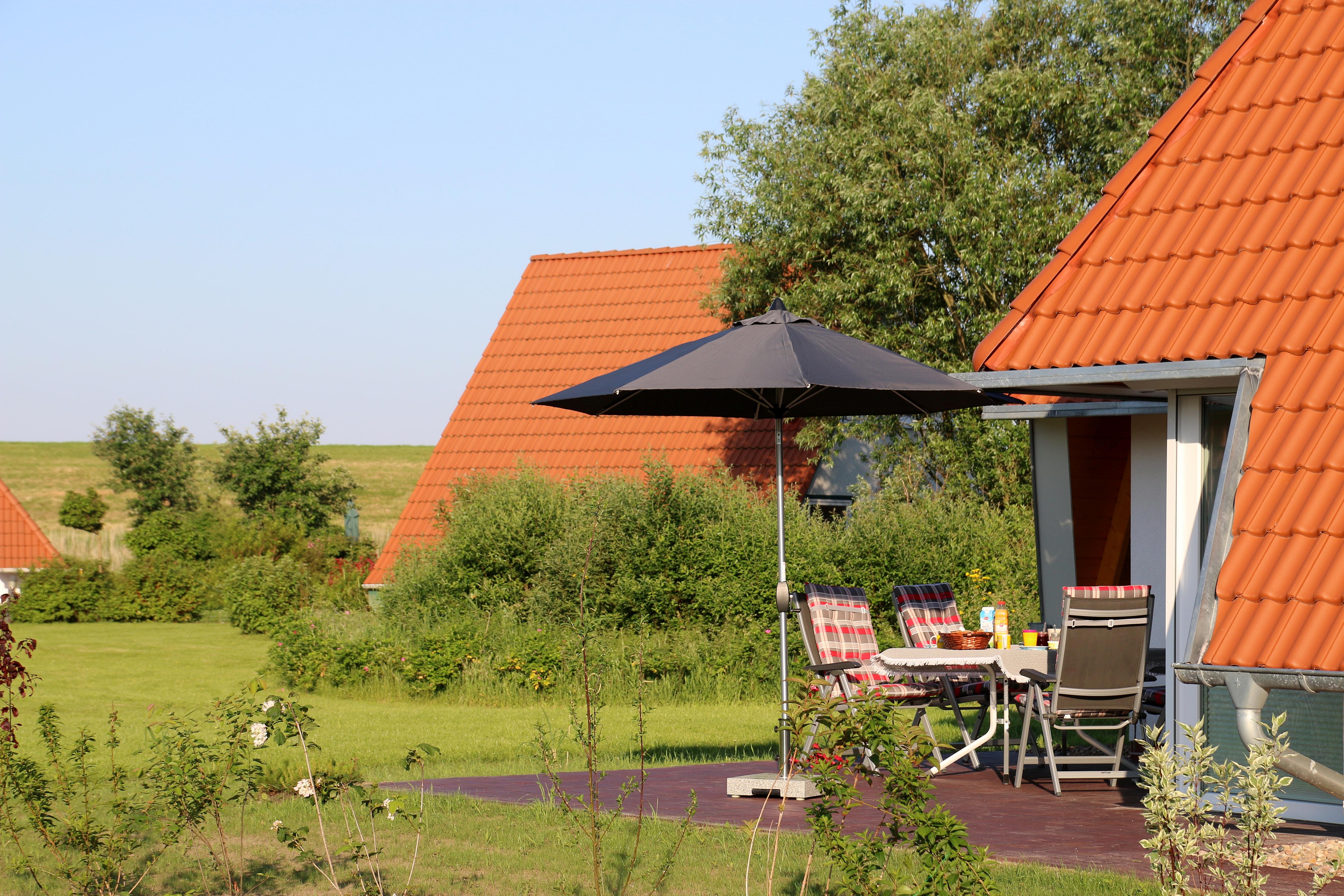 Ferienhaus Wiesenpieper - große SW-Terrasse
