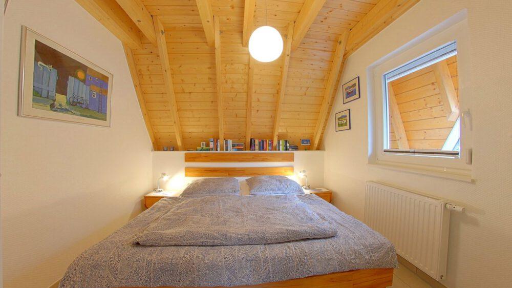 Ferienhaus Wiesenpieper -Schlafzimmer unten